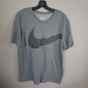 The Nike Tee Men's Shirt Size L Gray Dry Fit